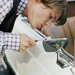 gallery-1462903690-clean-freak-toothbrush