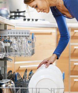 550065a3a4b86-ghk-woman-loading-dishwasher-0610-s3