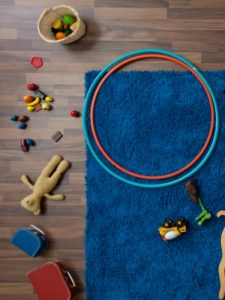 54fe89924060d-hula-hoops-on-floor-5-lgn